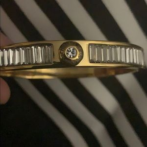 NEW HENRI BENDEL GOLD BAGUETTE BANGLE BRACELET